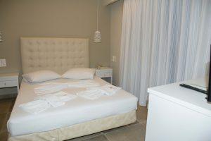 Nydri Beach ii-Family room renovated-8