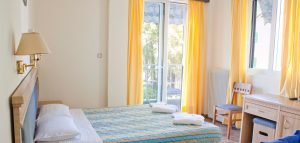 Nydrion-Beach-Hotel-Lefkada-Accommodation-Triple-Room